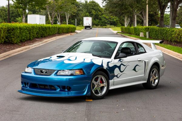 2004-ford-mustang-gt(1)