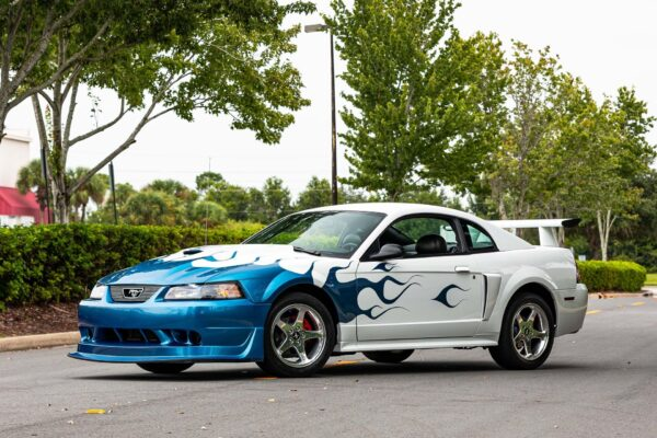2004-ford-mustang-gt(2)