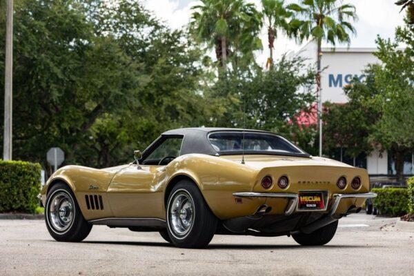AnyConv.com__1969-chevrolet-corvette (1)