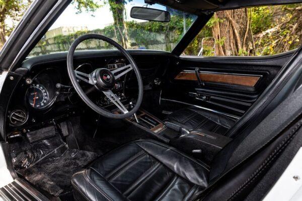 AnyConv.com__1974-chevrolet-corvette-454 (5)