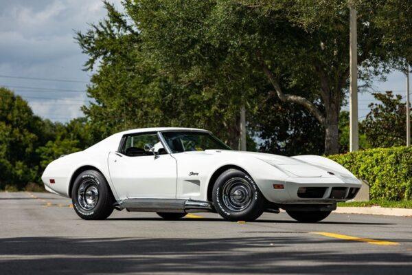 AnyConv.com__1974-chevrolet-corvette-454