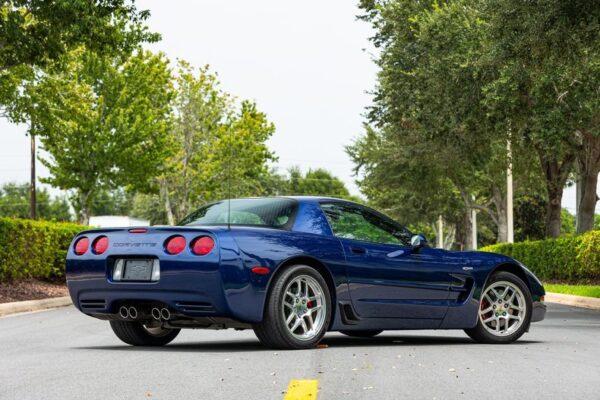 AnyConv.com__2004-chevrolet-corvette-z06 (2)